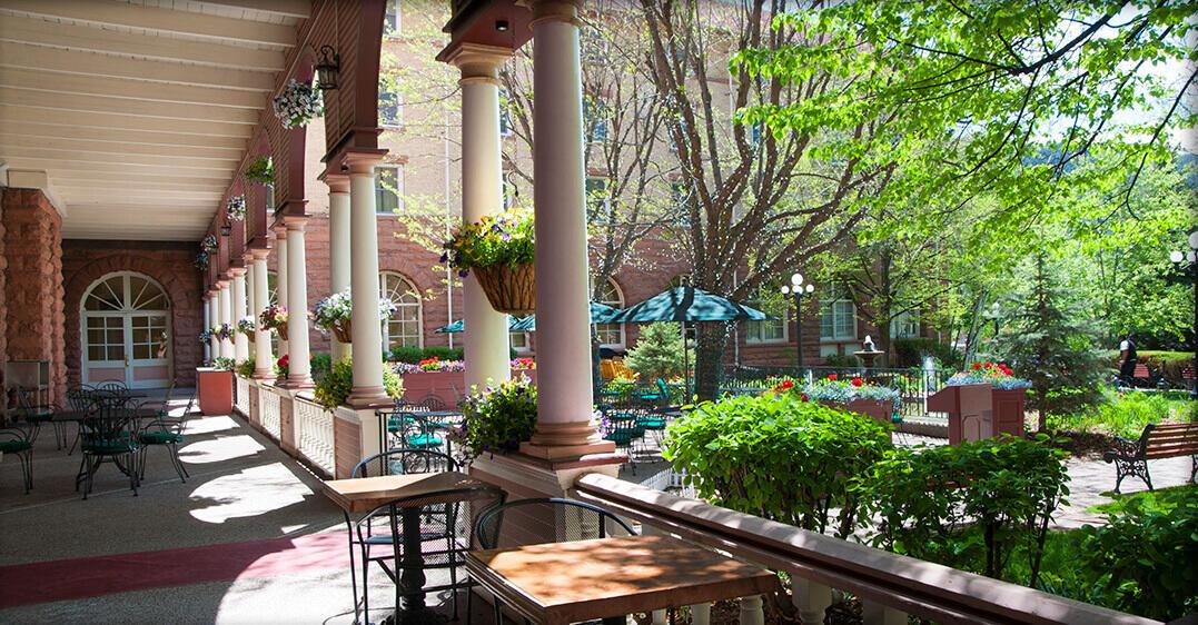 Hotel Colorado A Glenwood Springs Colorado Historic Hotel