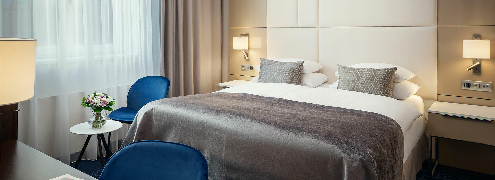 Rooms at Hotel KINGS COURT in Prague