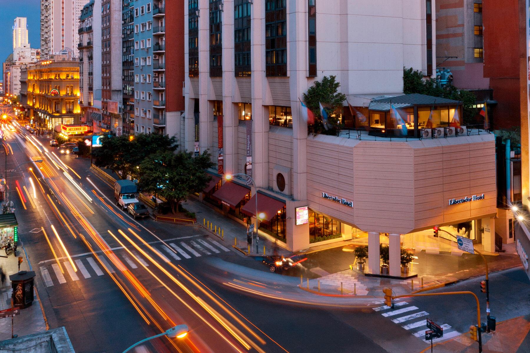 Hotel Libertador Exterior