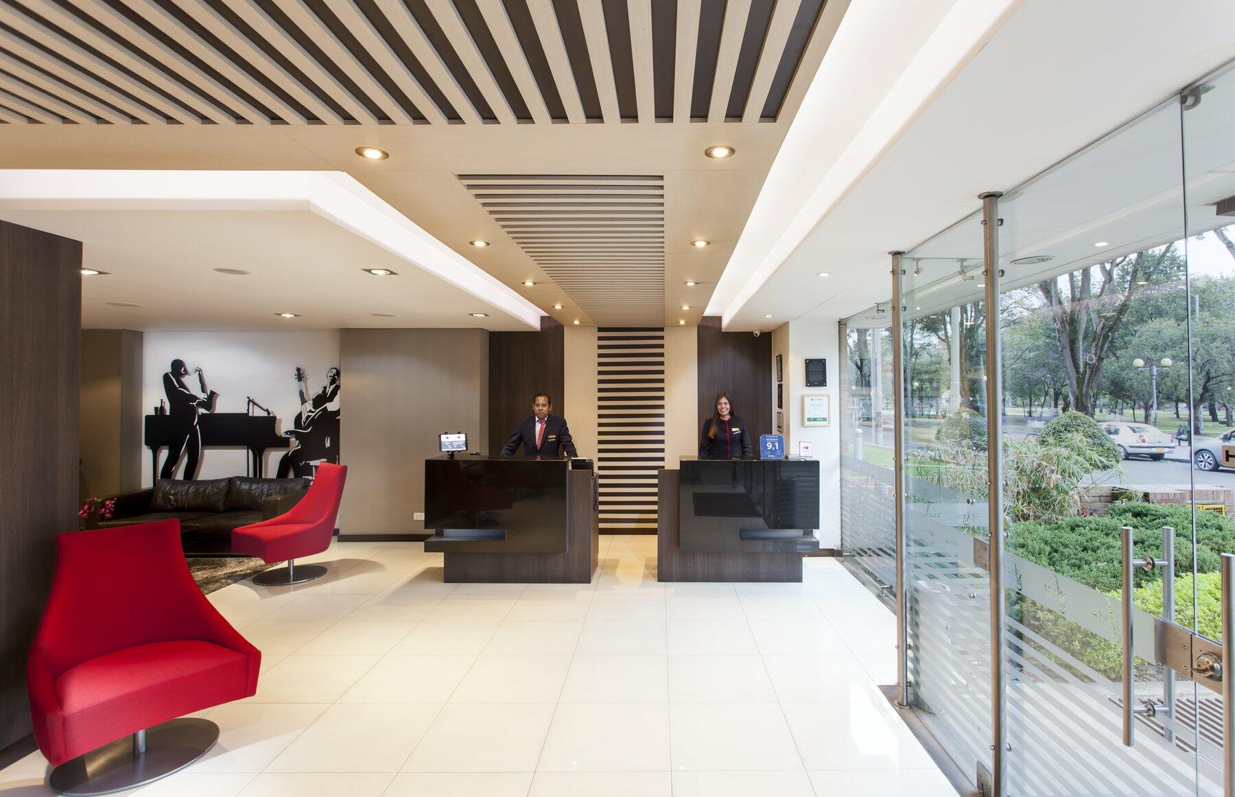 Jazz Apartment Lobby