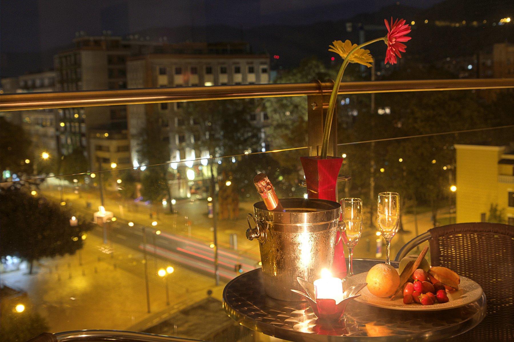 Romantic Set up outside