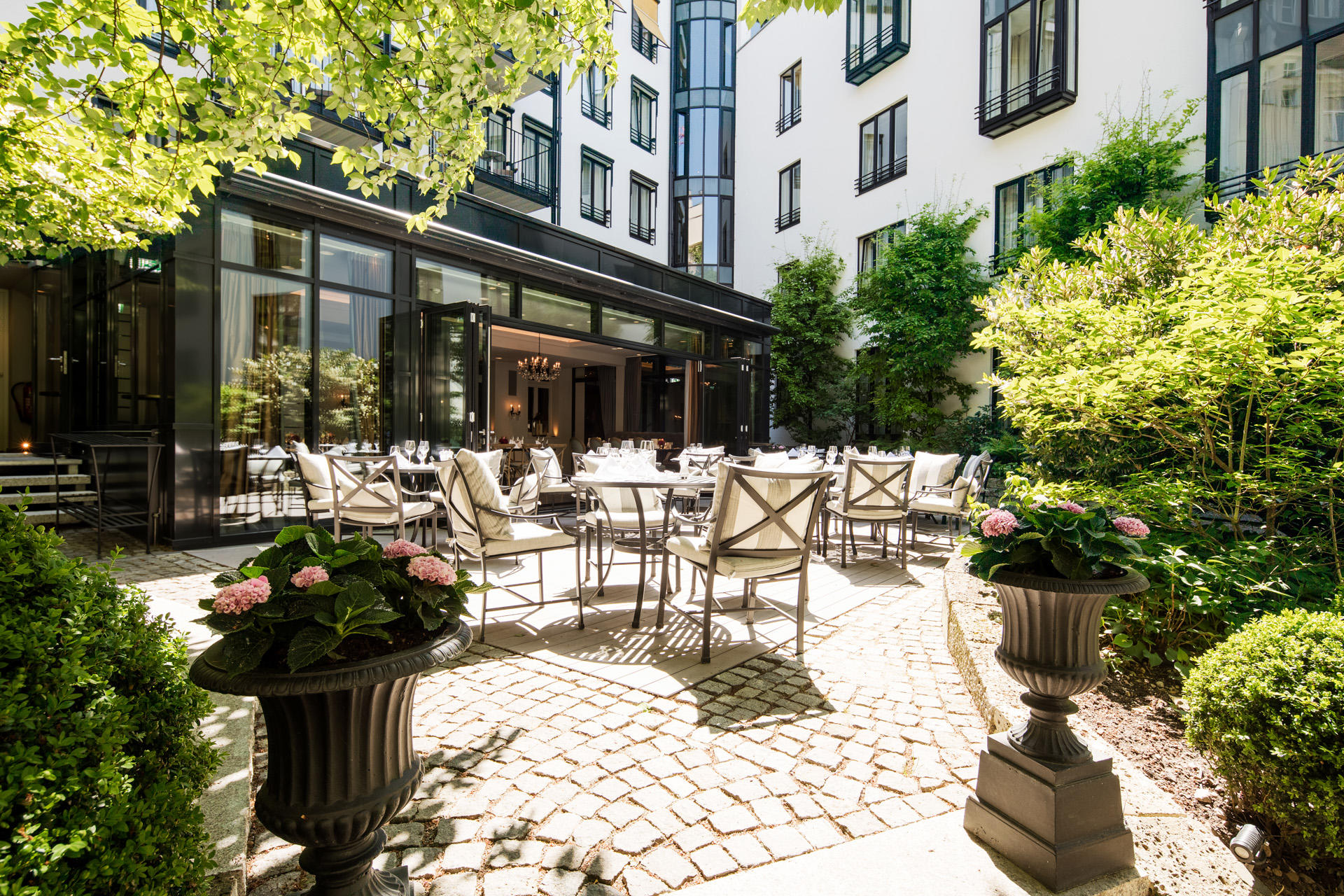 Five Star Hotel In Munich About Us Hotel Munchen Palace
