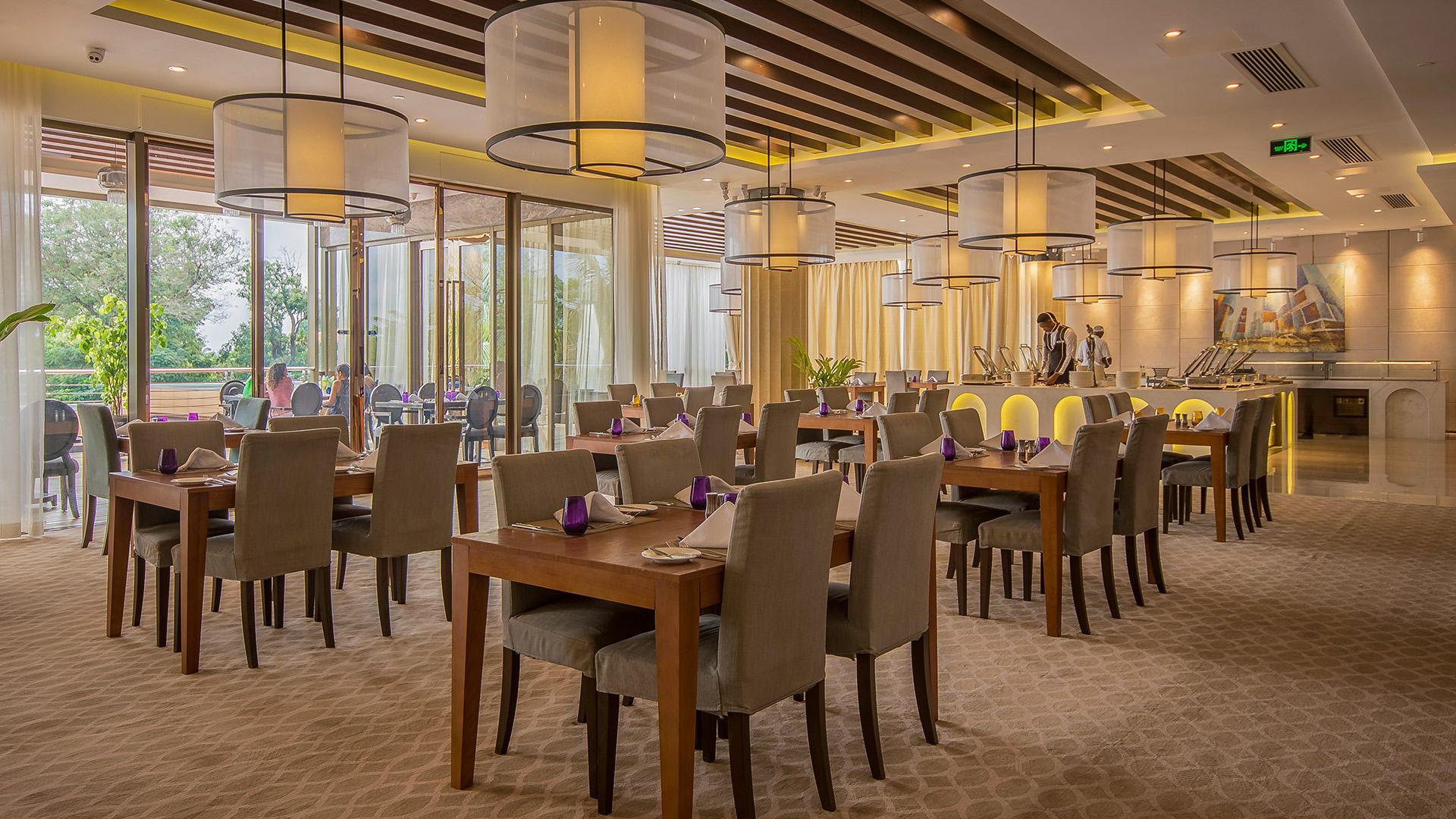 Restaurant at Fleuve Congo Hotel Hotel in Kinshasa