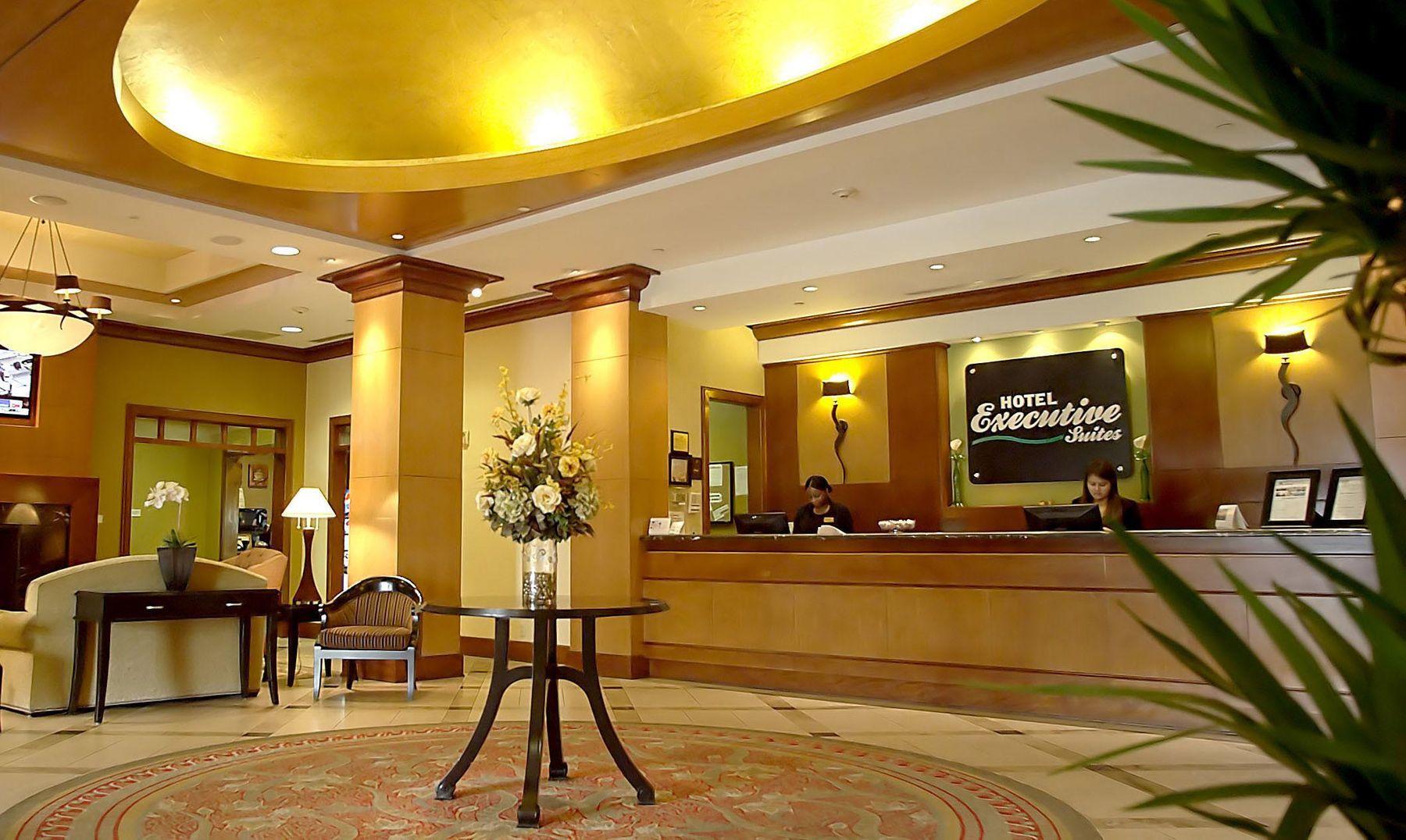 Hotel Executive Suites Front Desk