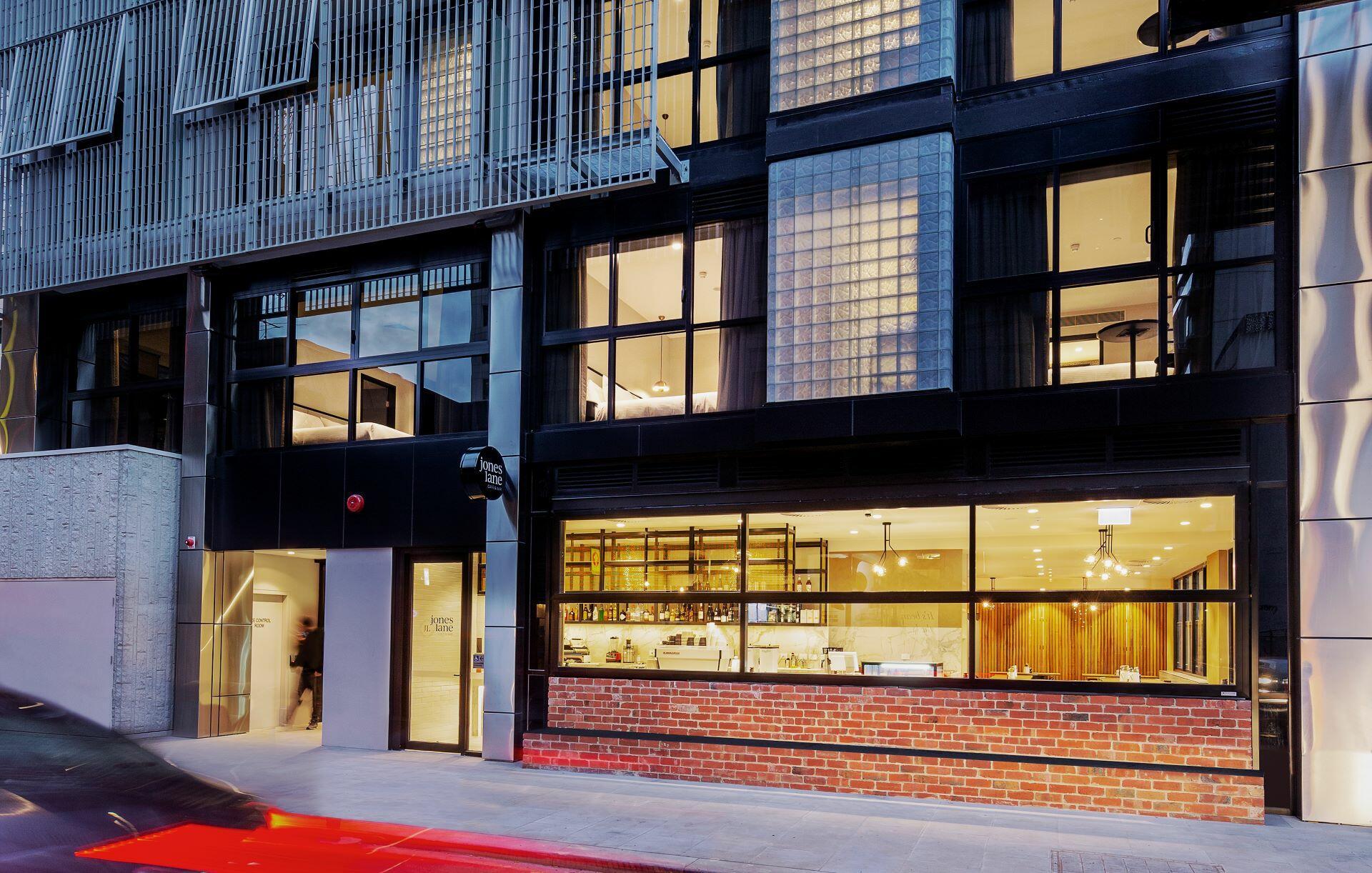 Brady Hotels Jones Lane - exterior