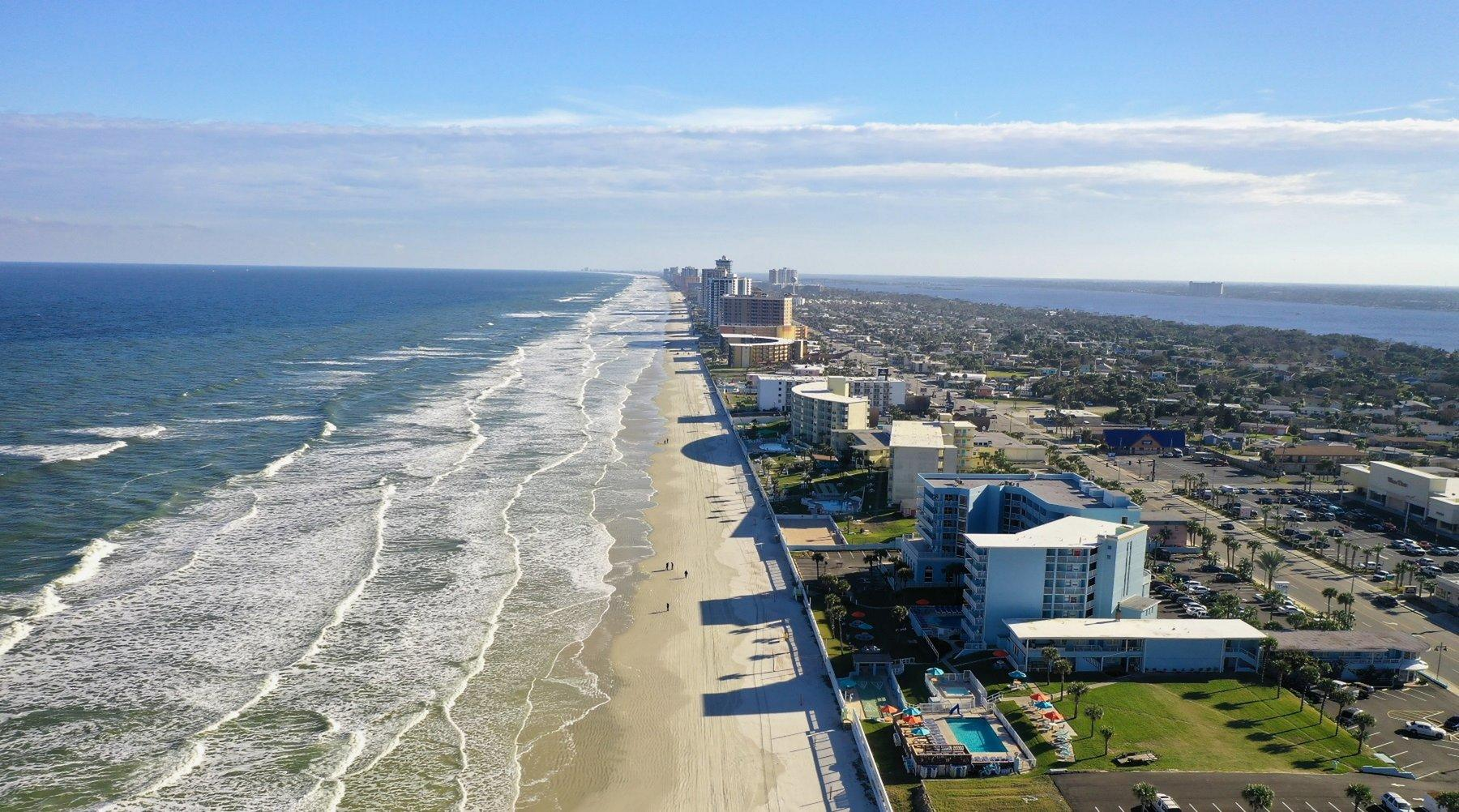 Panoramic photo of Daytona Beach.