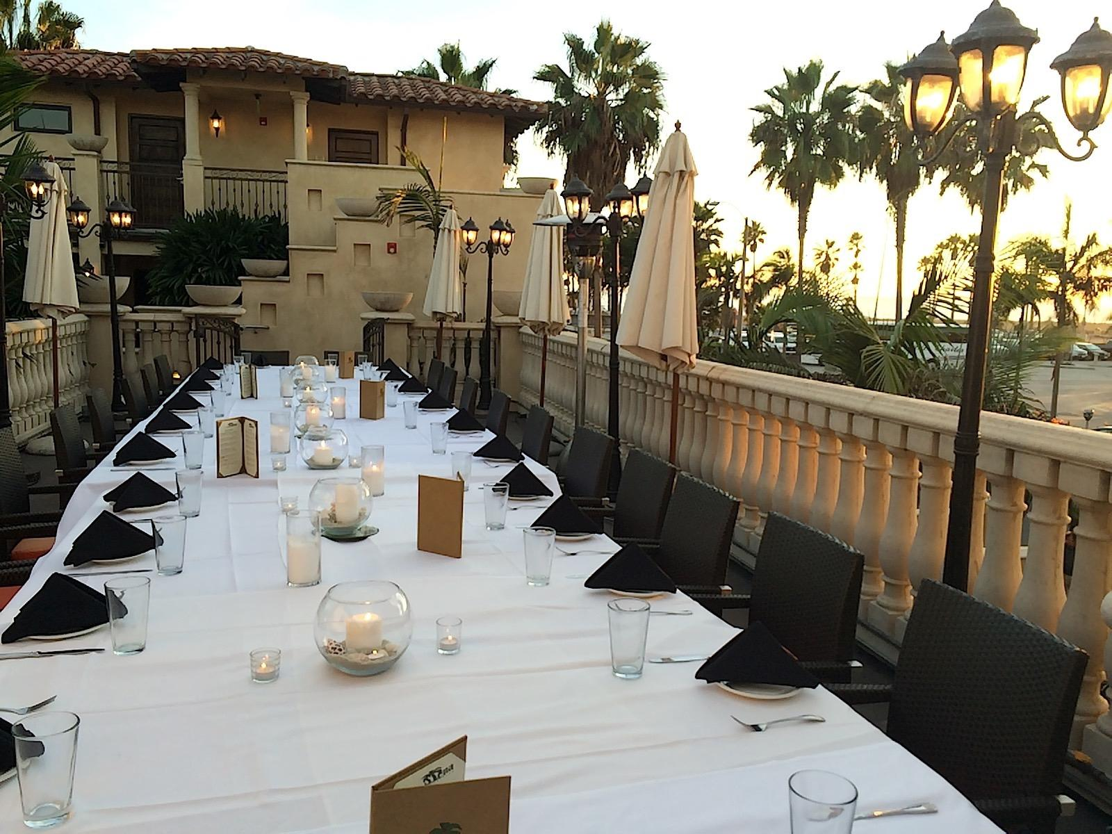 corporate dining dinner outdoor setup