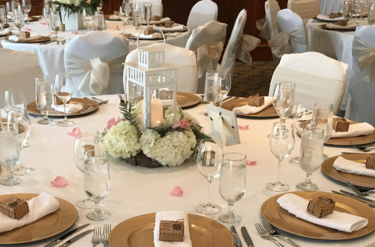 round dining table at wedding