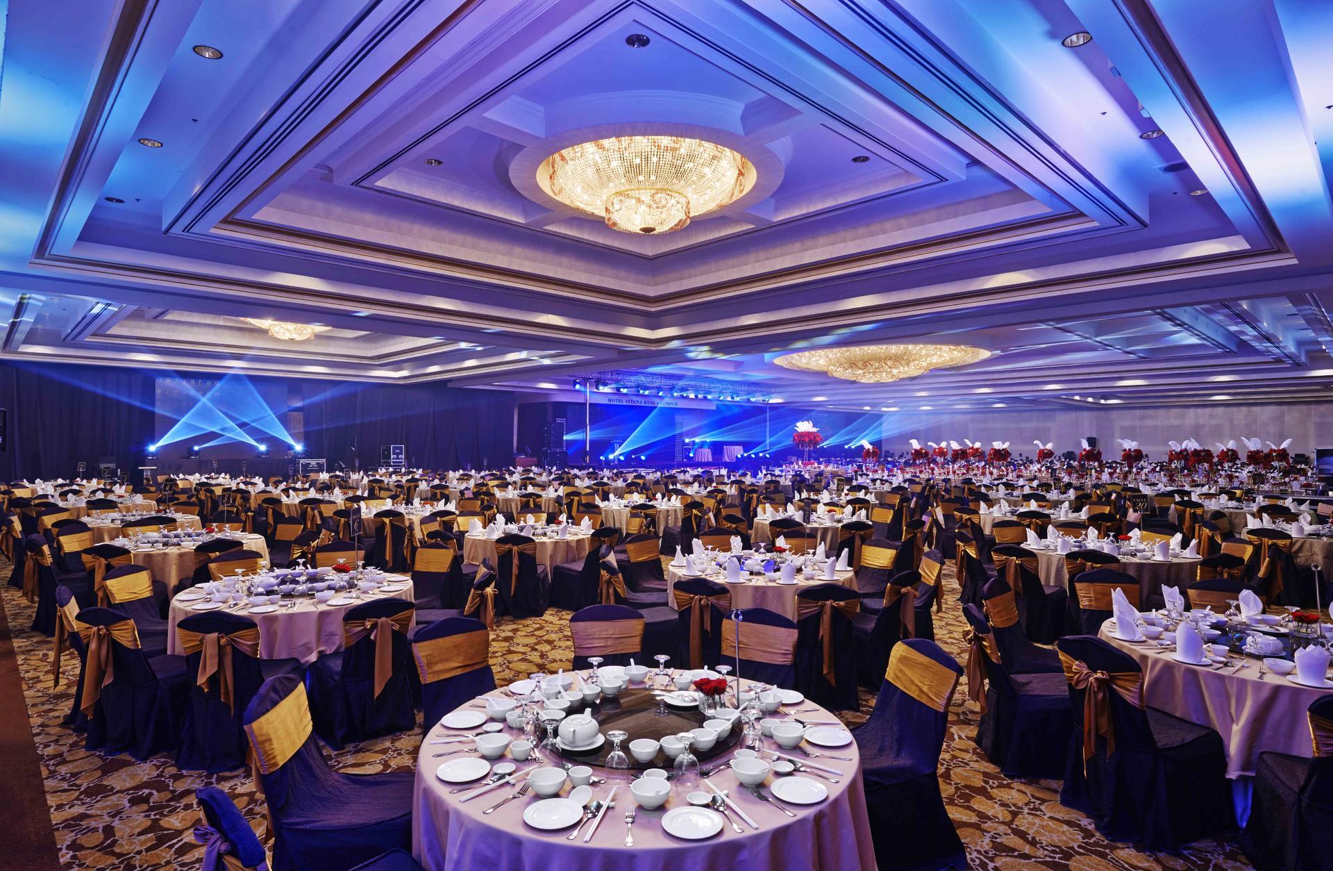 Round Table Set-Up at Grand Ballroom