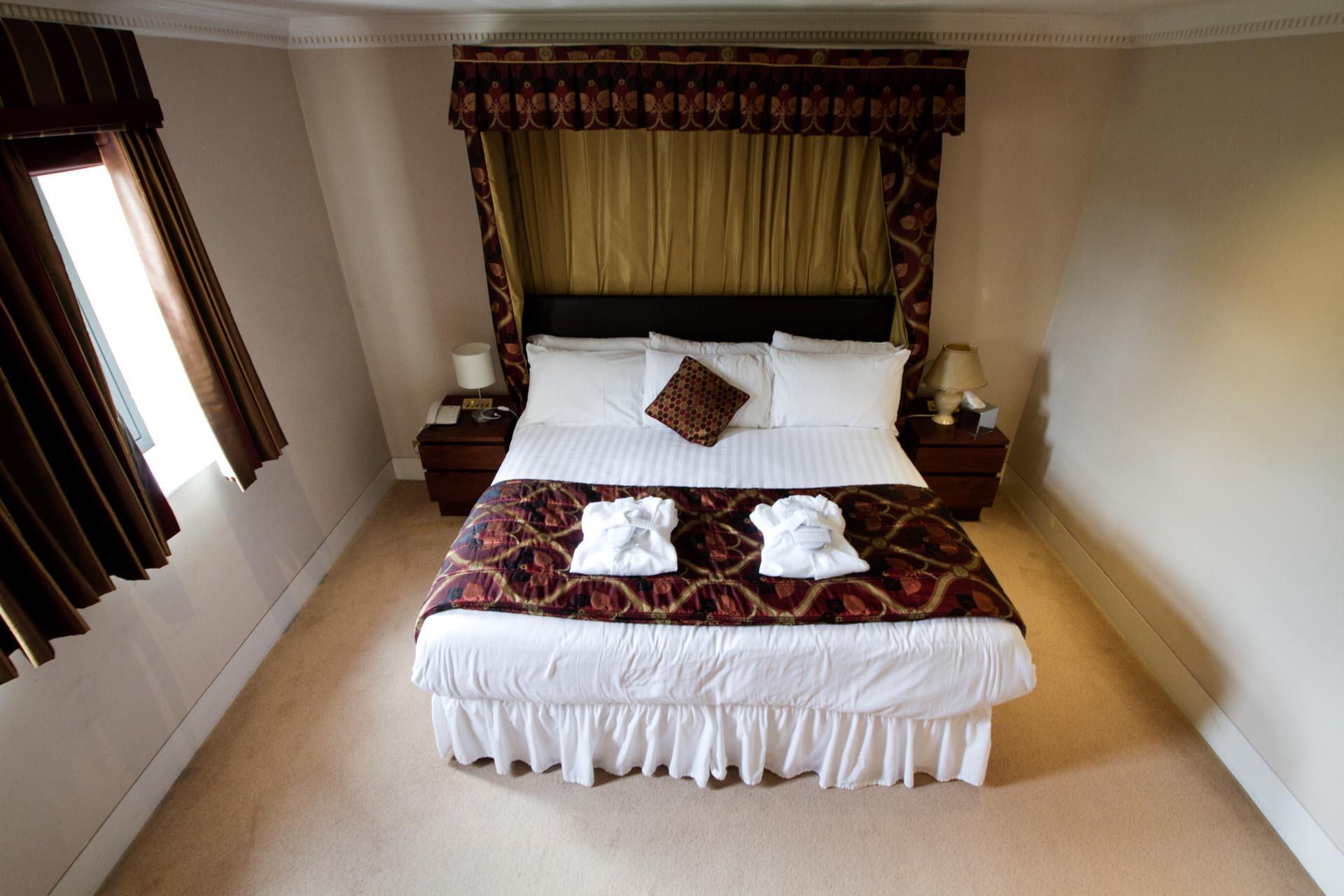 Deans Lodge Junior Suite at Barn Hotel Ruislip near London