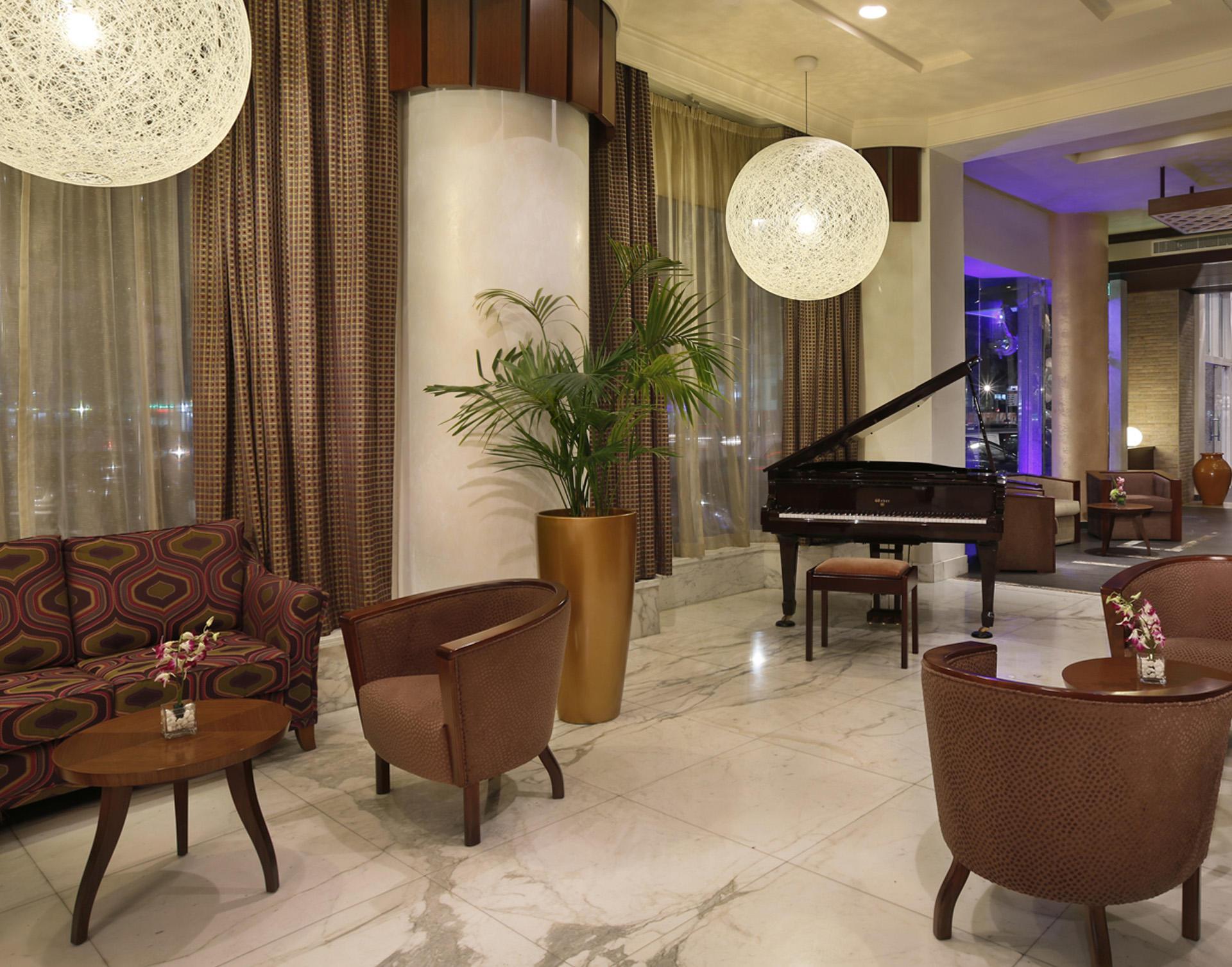 Lobby at City Seasons Al Hamra in Abu Dhabi