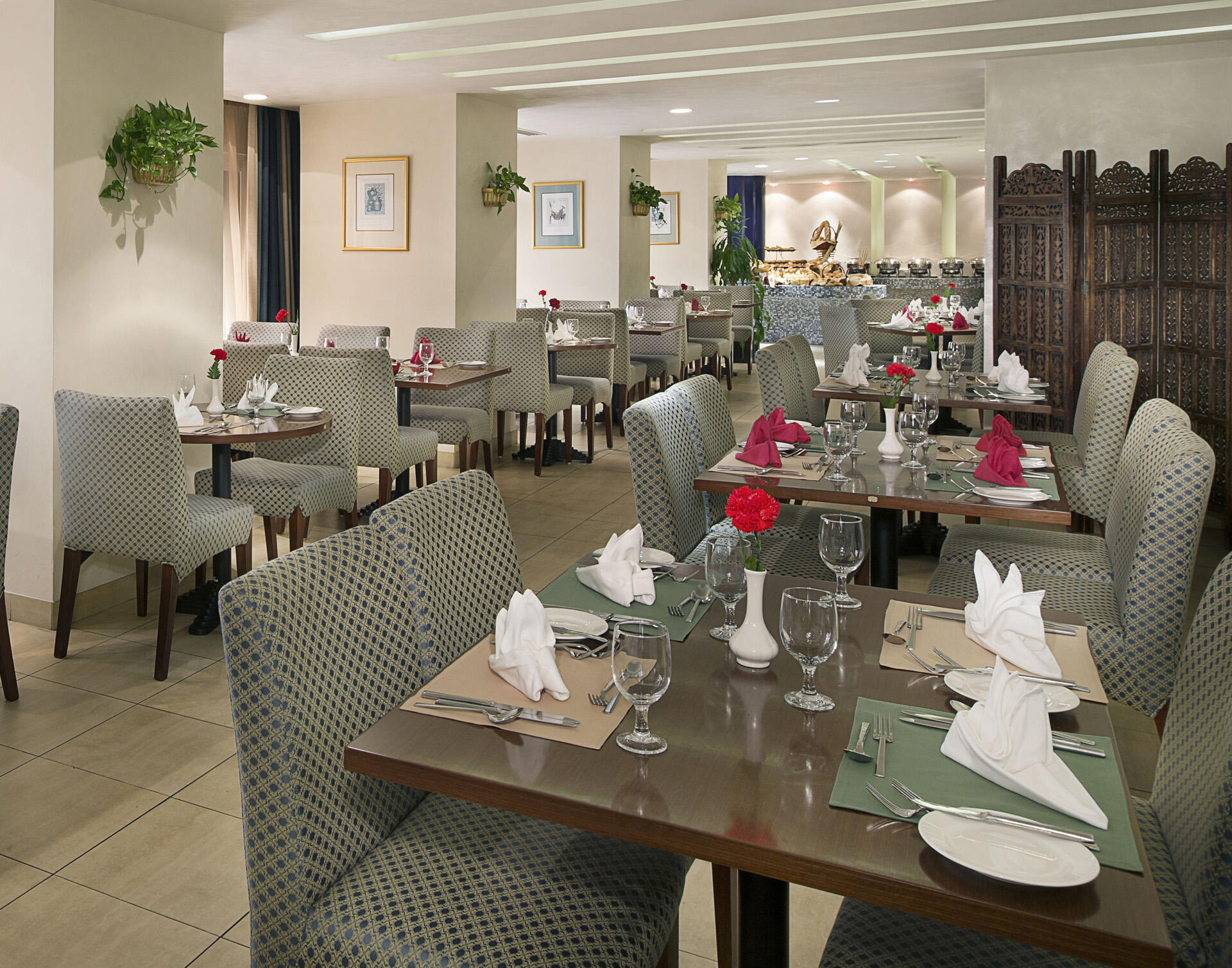 New Season All Day Restaurant at City Seasons Al Hamra in Abu Dh