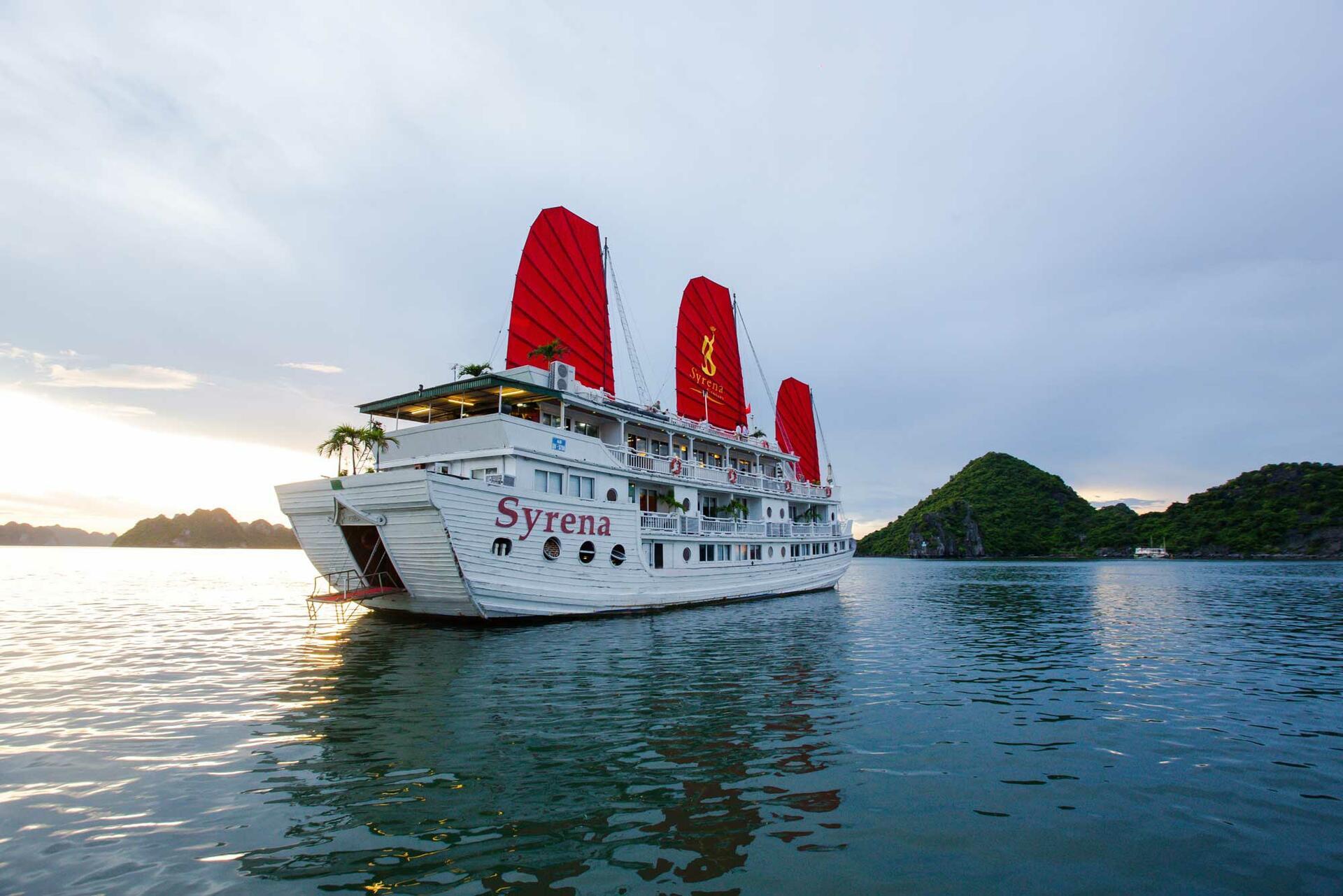 Syrena Cruises - Best Halong Bay Cruises