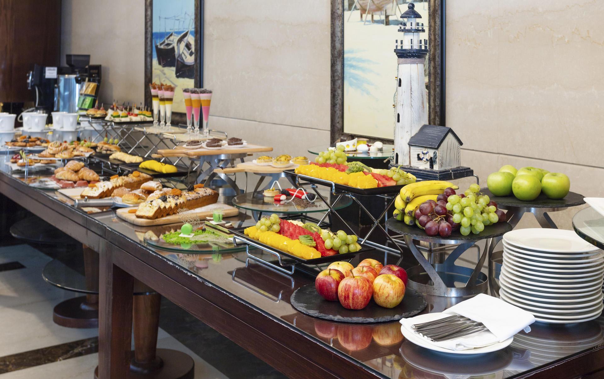 Coffee break at City Seasons Dubai