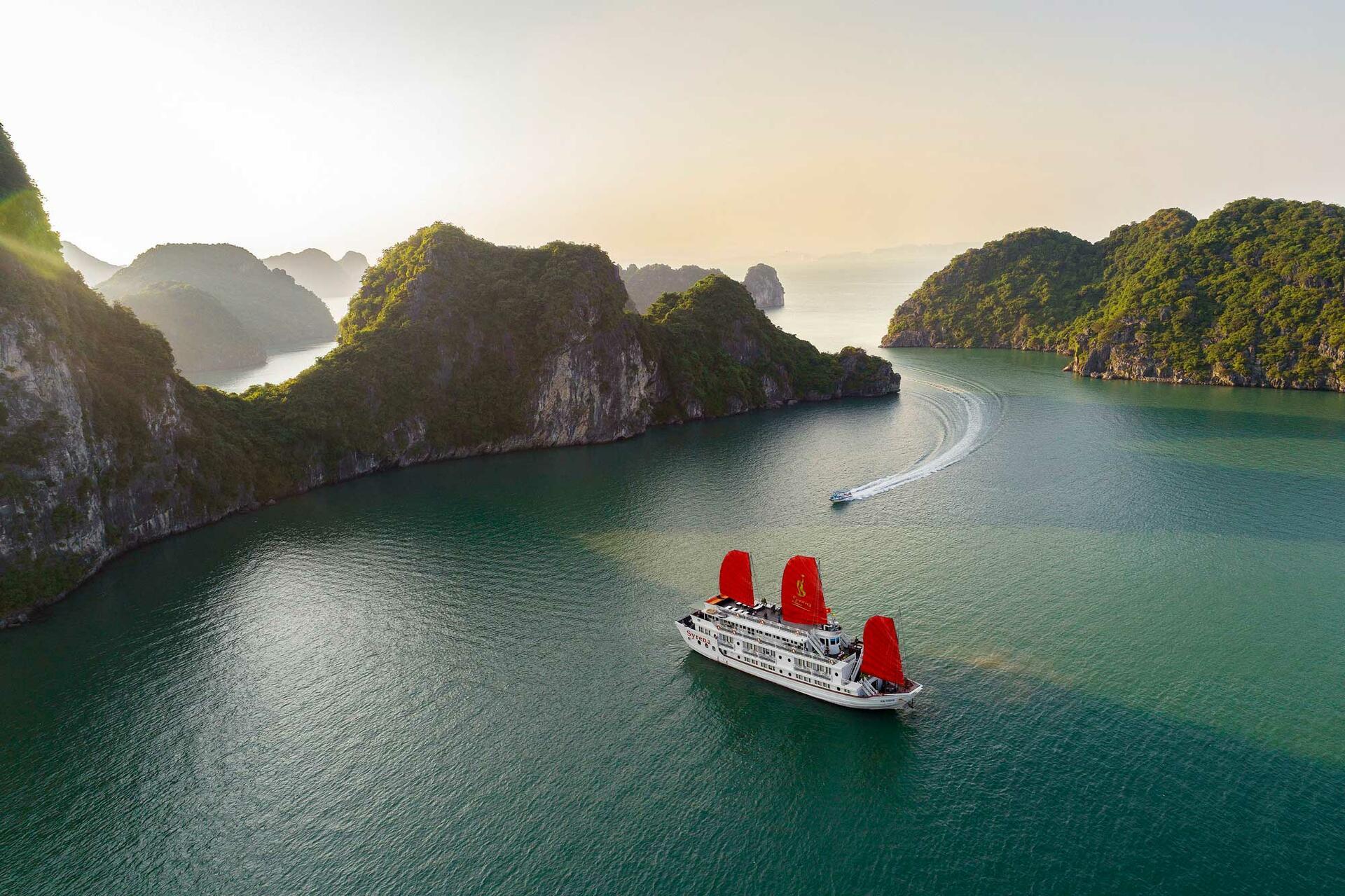 Syrena Cruises - Best Halong Bay Cruises  - View