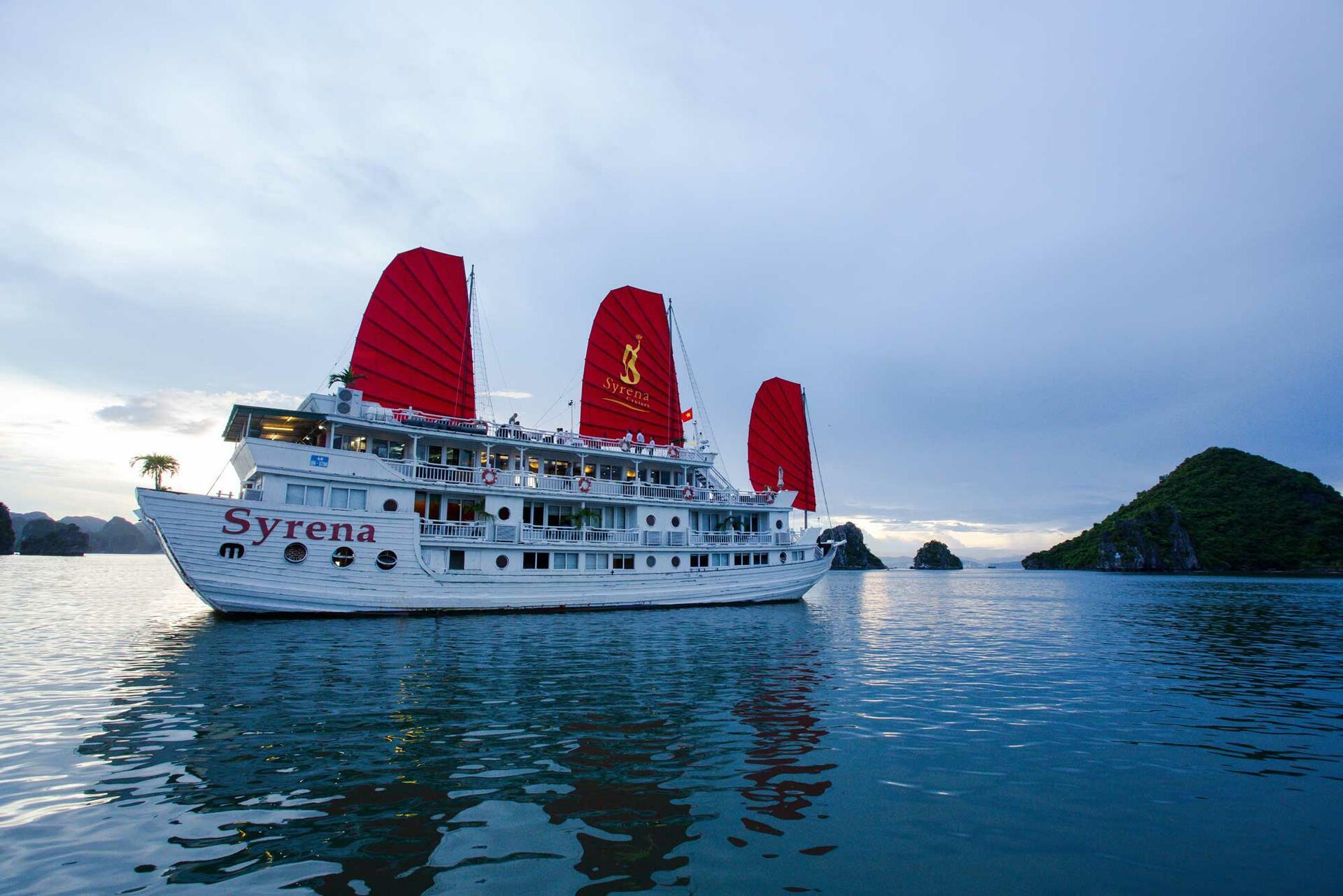 Halong Plaza Hotel - Syrena Cruises