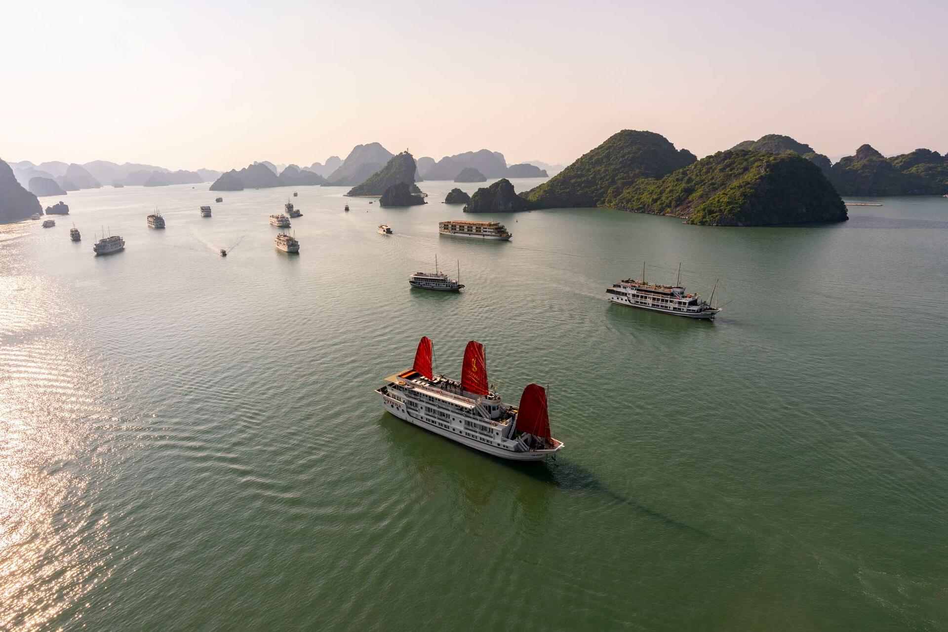 Halong Plaza Hotel - Overview