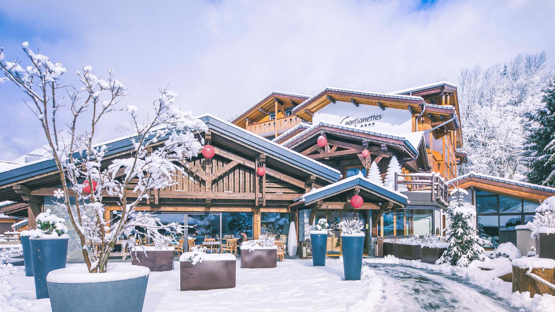 Façade extérieure hiver 2019