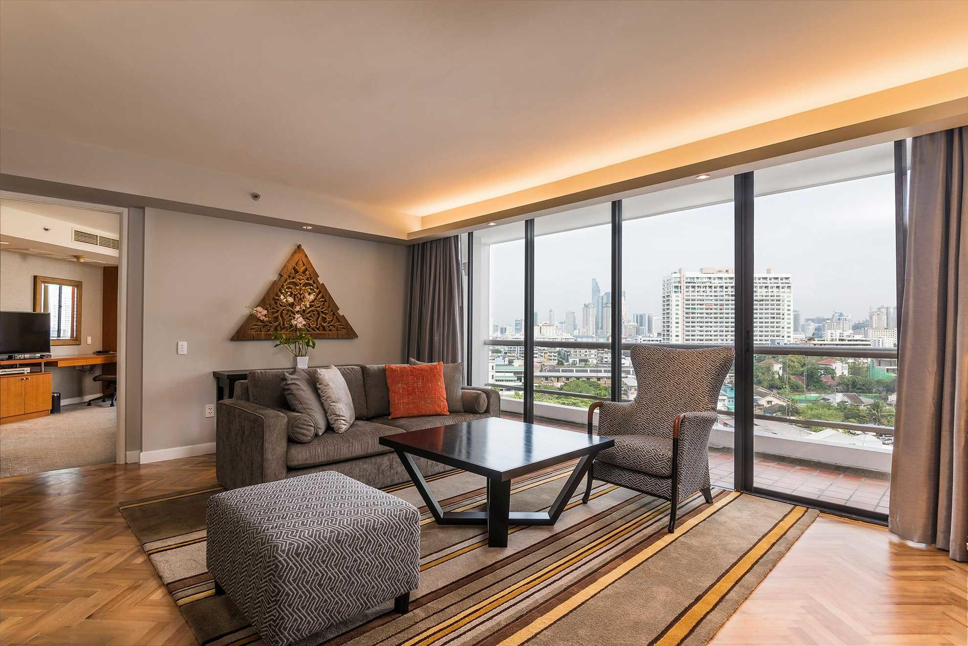 Chatrium Residence Sathon Bangkok Deluxe Three-Bedroom Suite