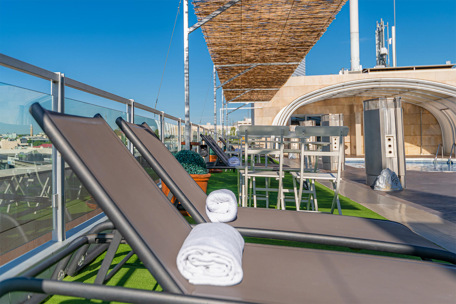 Pool detail at Hotel Amura Alcobendas near Madrid Airport