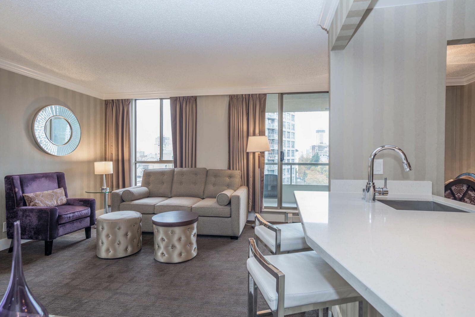 La Grande - 2 Bedroom Suite  Sutton Place Vancouver