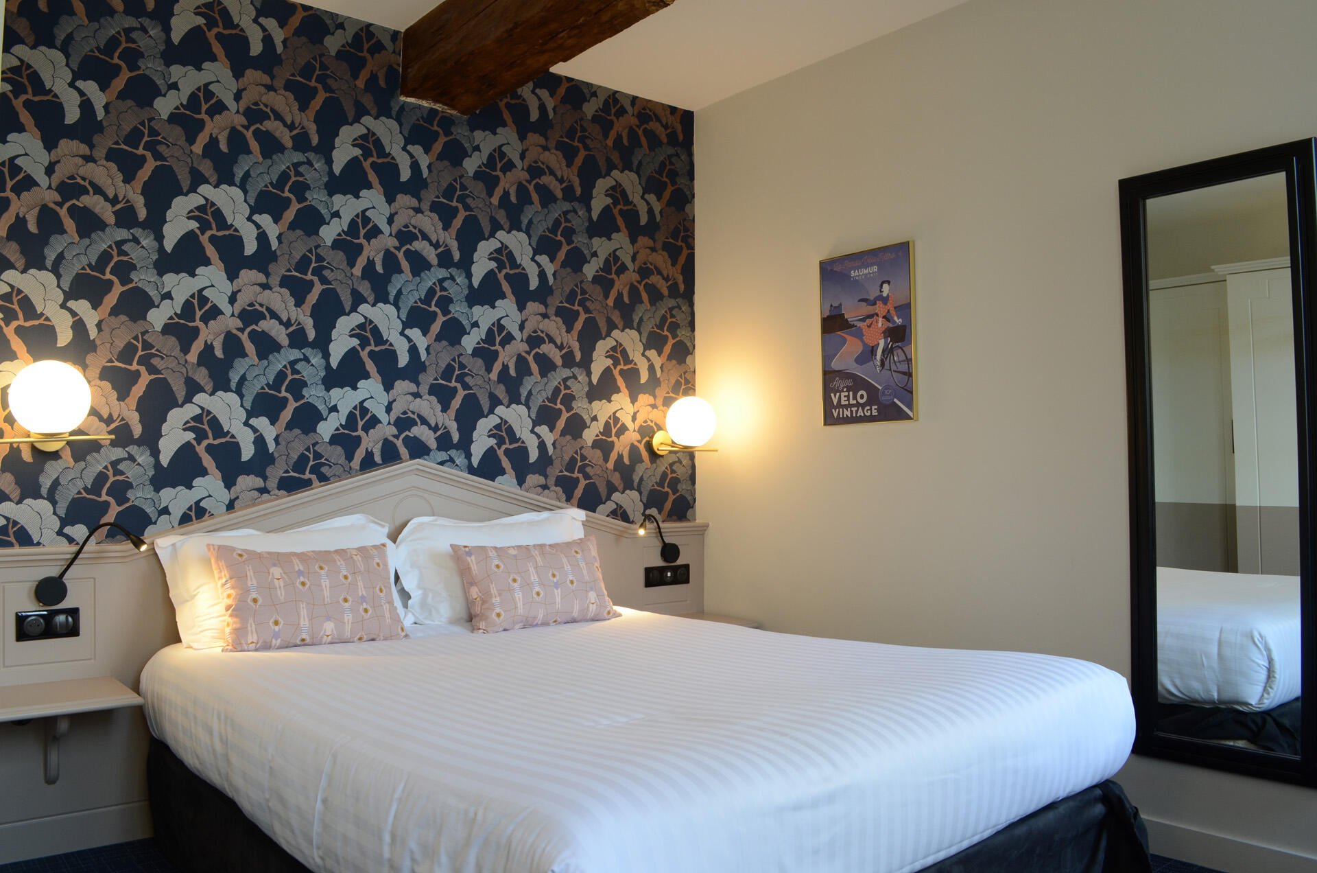 Superior Room at Hotel Anne d'Anjou in Saumur, France