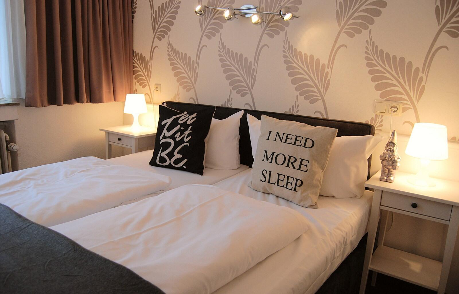 Comfy Bedroom - RHK Hotel Krone Aachen