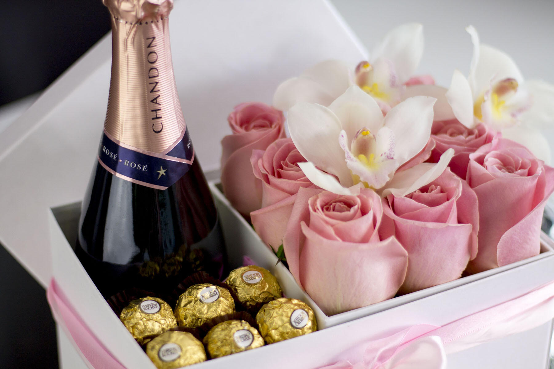 box of Champaign pink roses & chocolate at The Inn of Waterloo