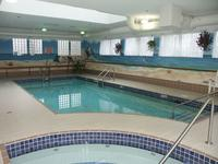 Coast Abbotsford Hotel & Suites - Pool(2)