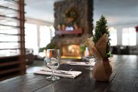 Coast Canmore Hotel & Conference Centre - Holiday Table Setting(2)