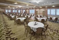 Coast Canmore Hotel & Conference Centre Meetings - Meetings - Ballroom - Rounds of 5