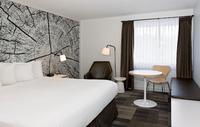 Coast Canmore Hotel & Conference Centre - Comfort Room King