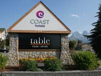 Coast Canmore Hotel Conference Centre - Exterior Signage