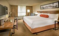 Hotel 116, a Coast Hotel - Deluxe King Guestroom