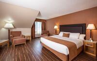 Coast Hillcrest Hotel - Comfort Room 1 King Bed(1)