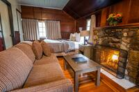 Tekarra Lodge - Pet Friendly Living Area(1)