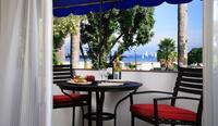 coast premium three bedroom suite - balcony