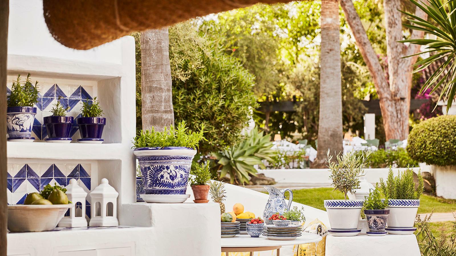Garden Pool - Marbella Club