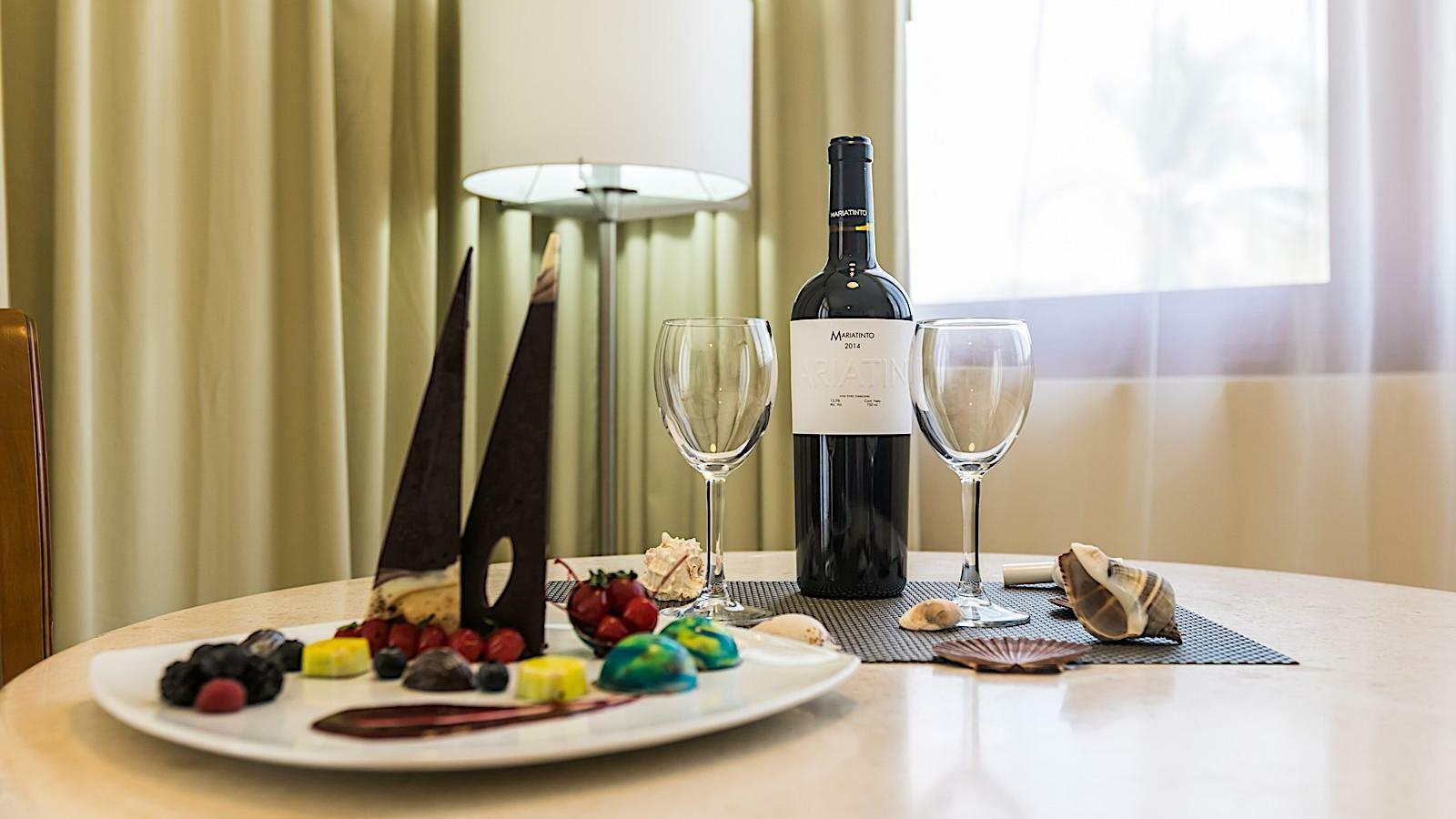 Fruit platter and wine given in Junior Suite King Ocean View Room at Pierre Mundo Imperial