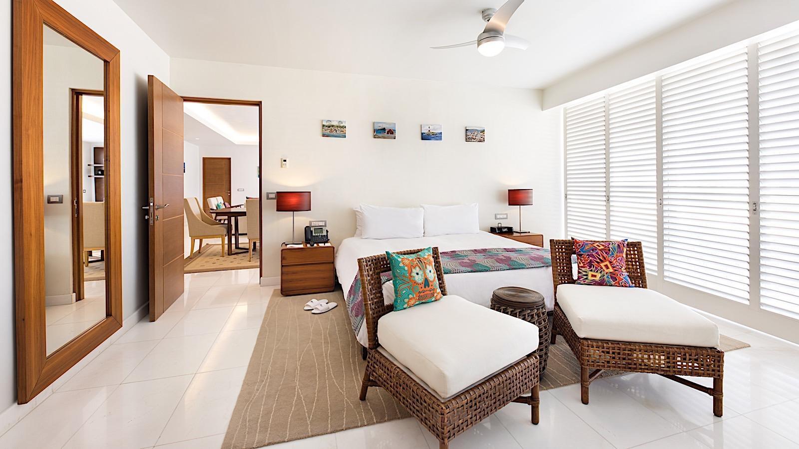 Bedroom in Imperial Suite at Mundo Imperial