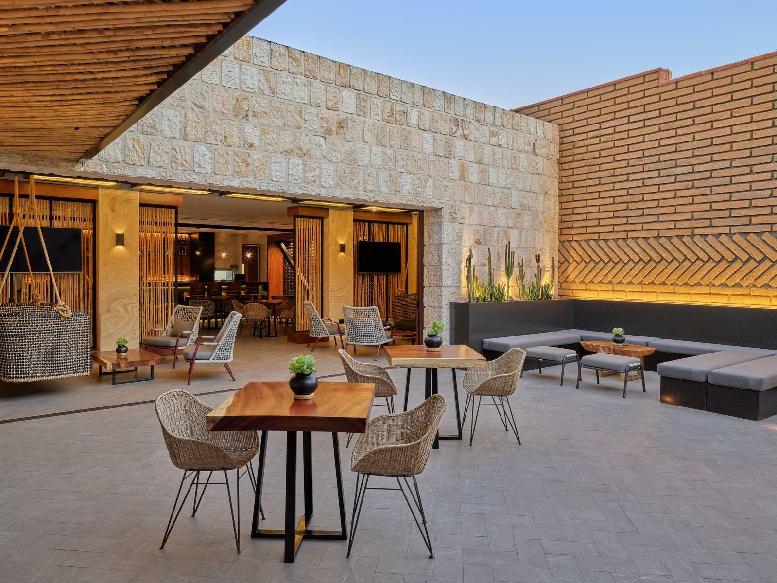Terraza Agave Lounge