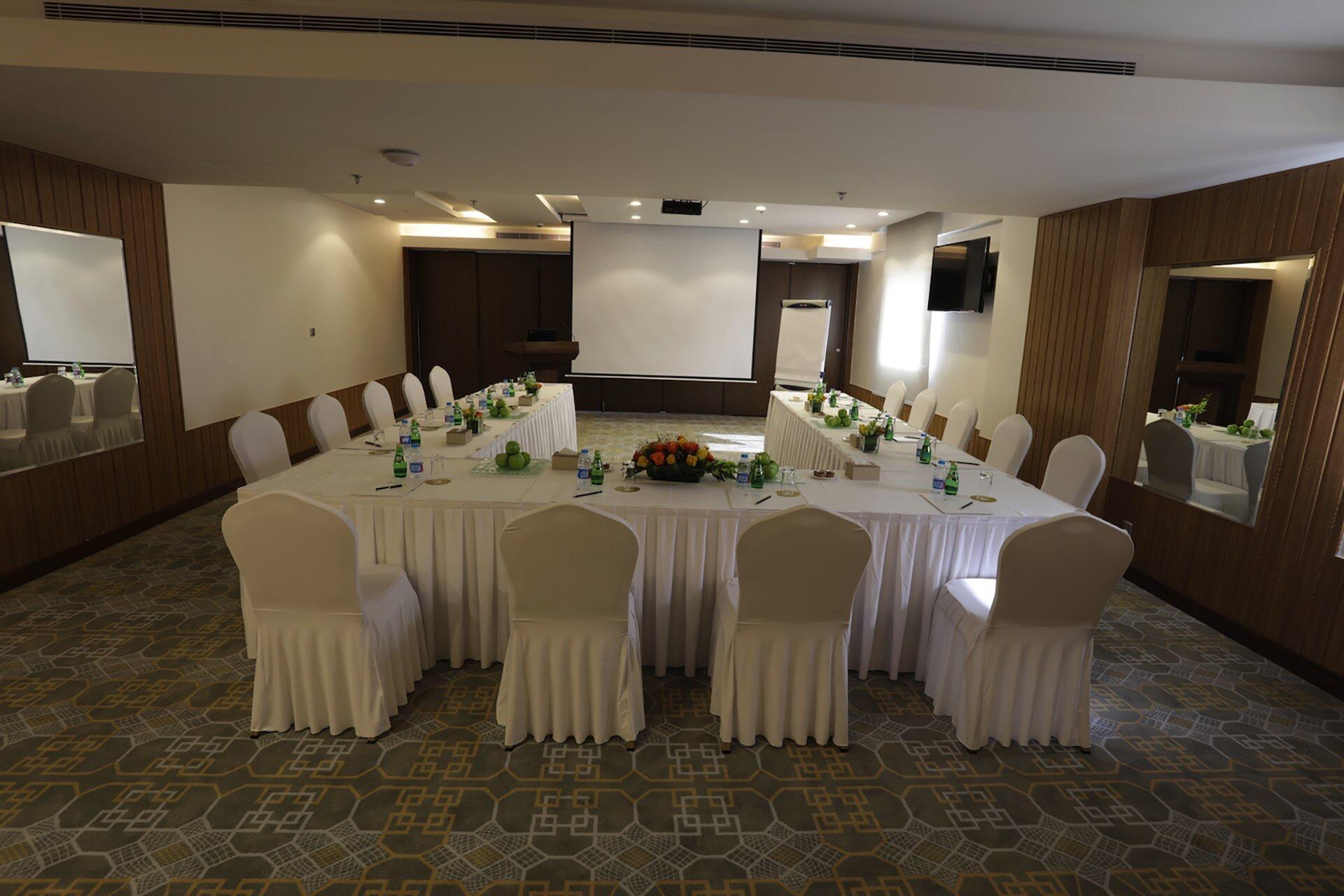 Salsabil By Warwick Meeting Room