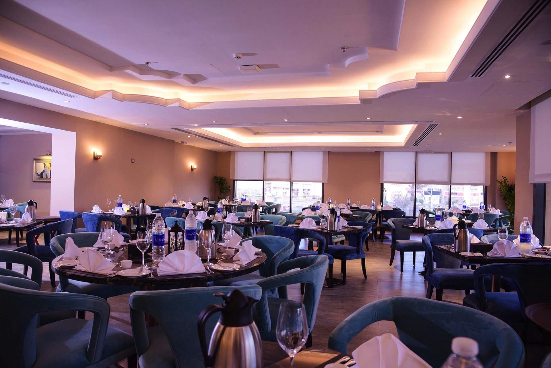 Al Multaqa Restaurant view at Warwick Al Khobar