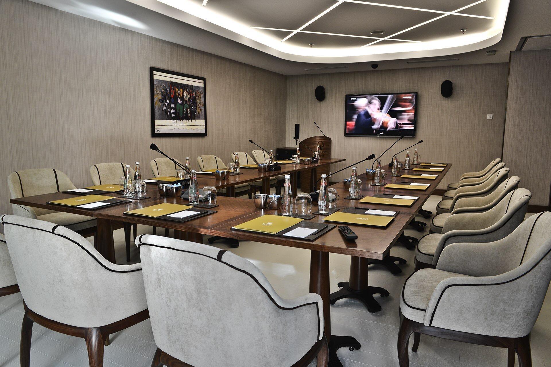 Kugu Meeting Room at Warwick Ankara