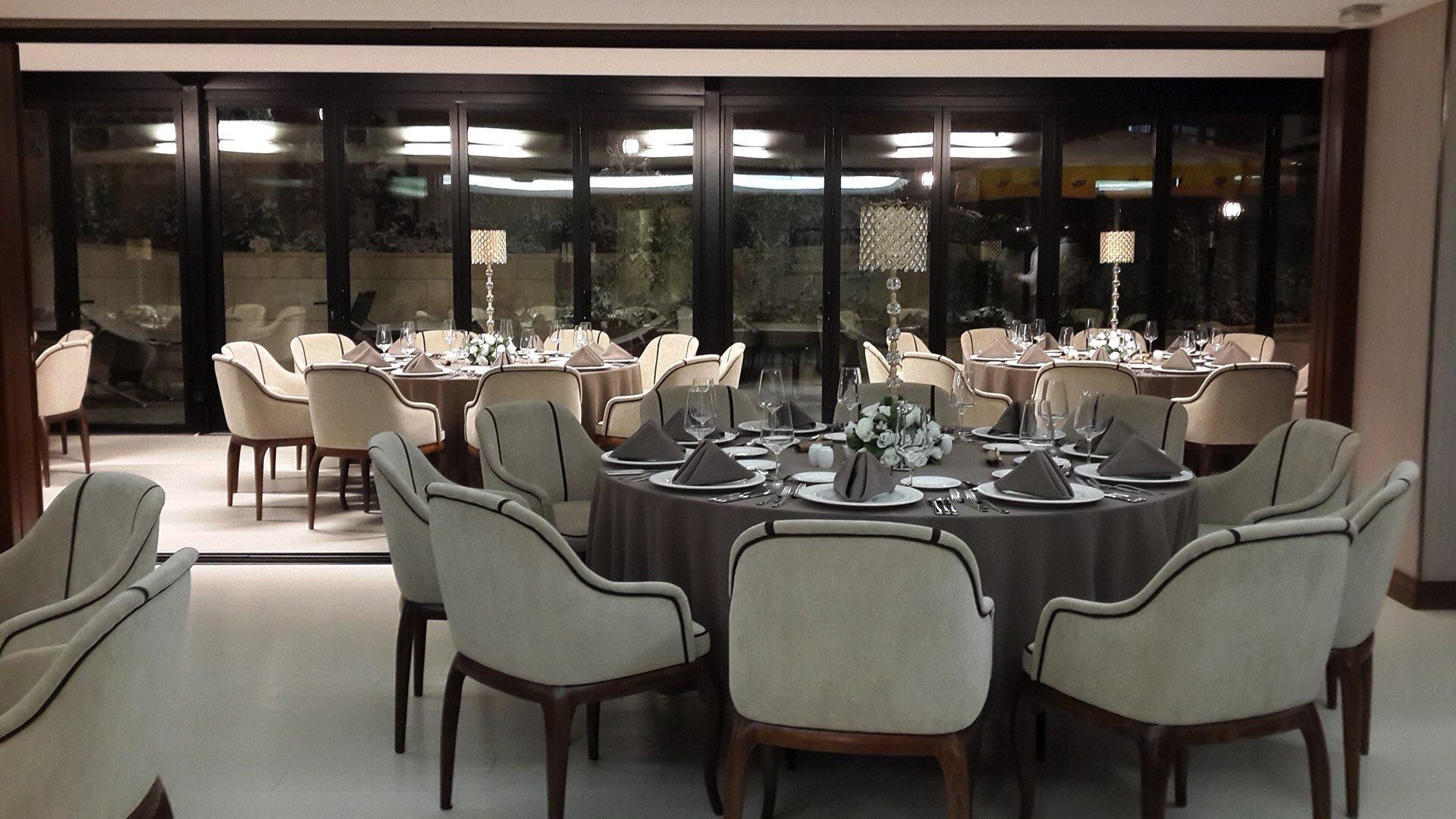 Dining at Warwick Ankara