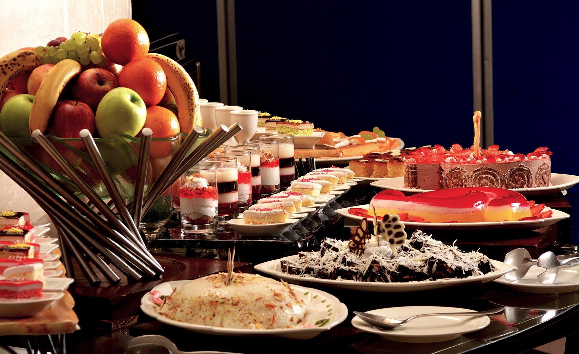 Cascade Restaurant desserts