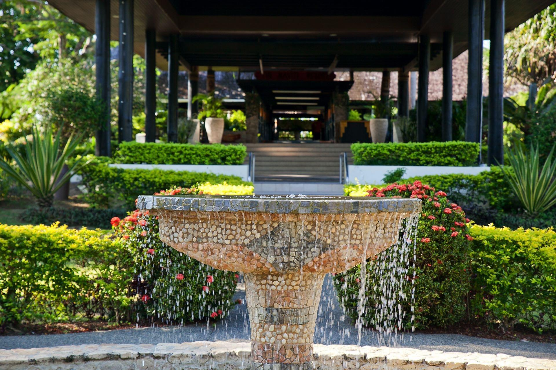 Fountain at Naviti Resort