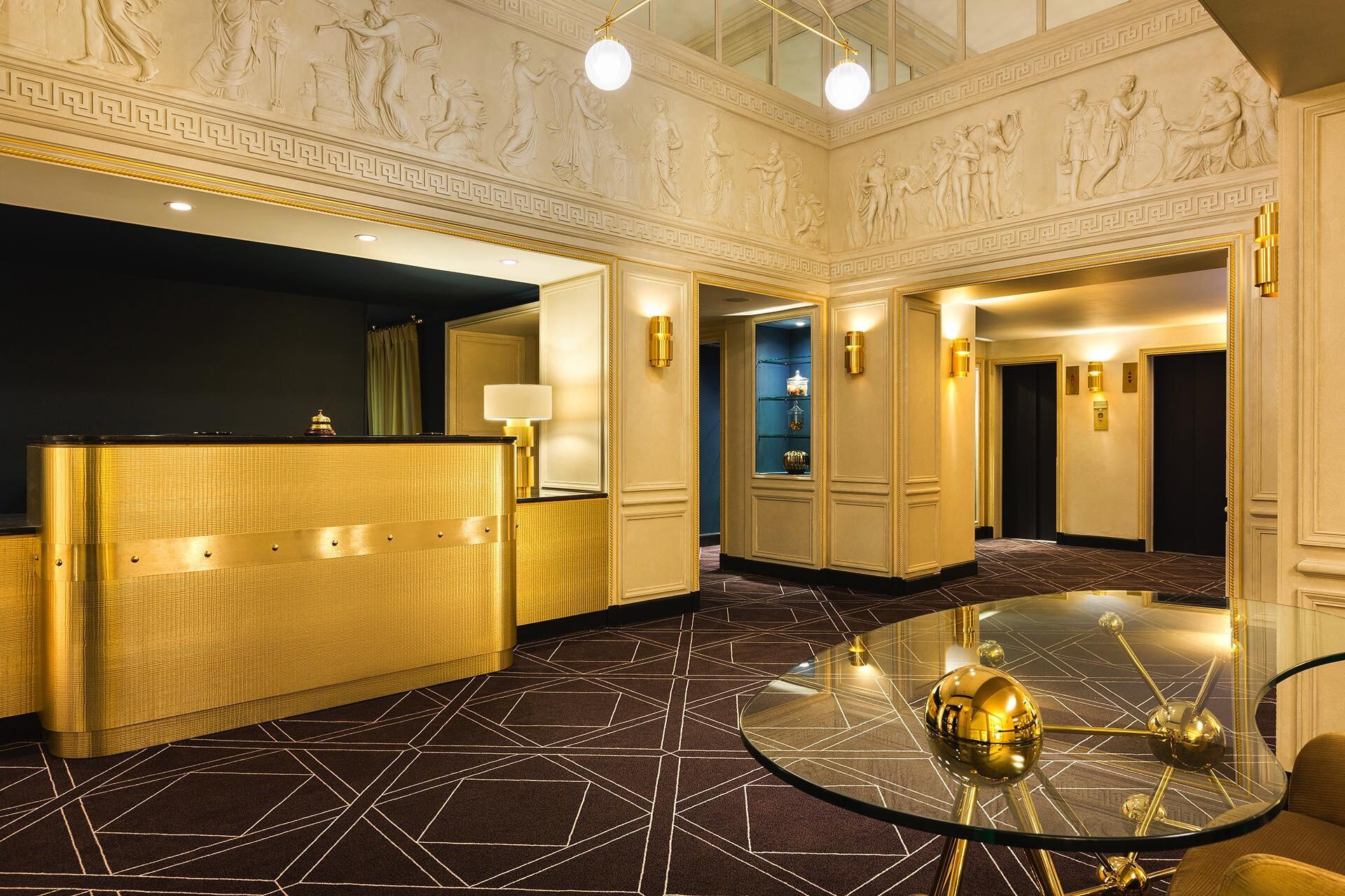 Hotel Barsey by Warwick Lobby Reception & Lifts