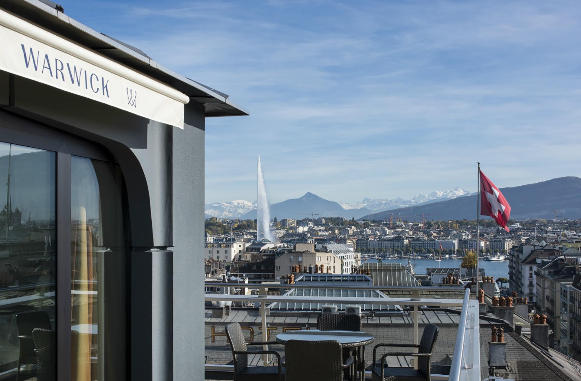 Penthouse city view at Warwick Geneva