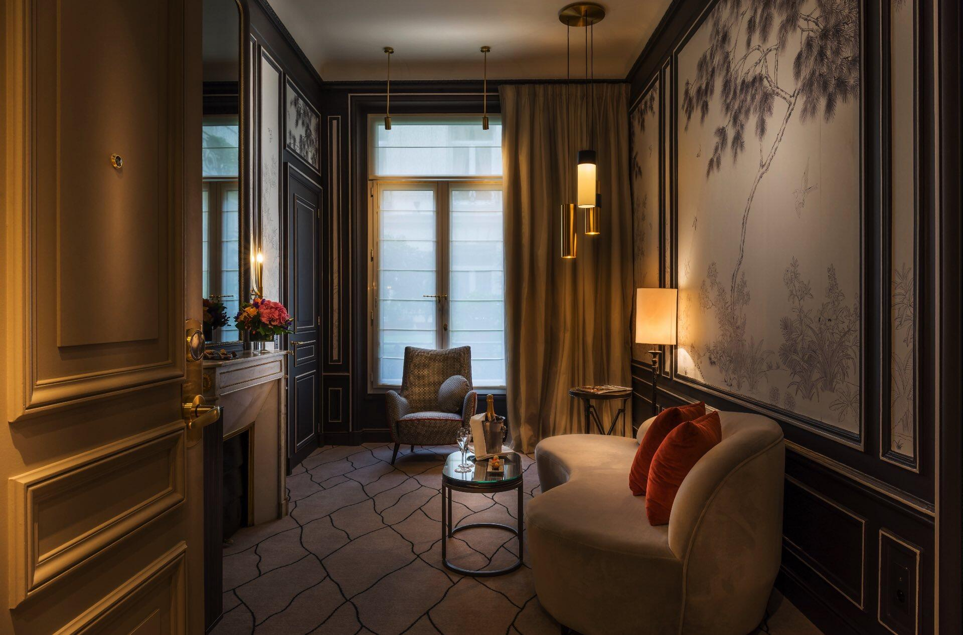 Signature Suite Living Room at Westminster Warwick Paris